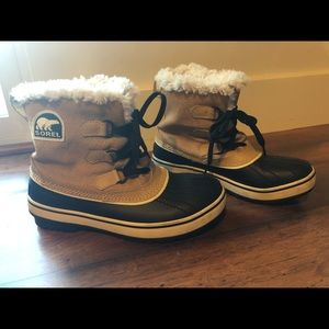 Sorel Waterproof Snow Boots sz 6.5